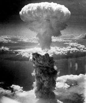 402px-Nagasakibomb