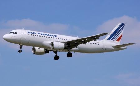 airplane-1163713_960_720